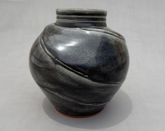 Black Pottery Vase - Round Terracotta Handmade Earthenware
