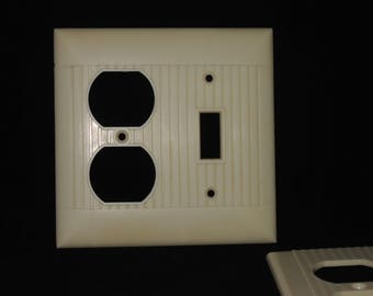 Vintage Ivory Bakelite Outlet and Switch Plate Cover