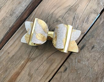 Gold Glitter Baby Headband Gold Glitter Bow Newborn Headband Baby Girl Headbands Photography Props Newborn Photo Prop Holiday Hair Bow Nylon
