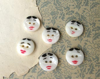 Vintage Mother of Pearl Handpainted Face Buttons 13mm 2-Hole Sew Through (6)