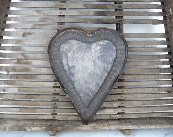 Vintage Tart Pan, Large Heart Shaped Cookie Cutter, Metal Tart Pan, French Kitchen, Rustic Primitive Kitchenalia, Vintage Bakeware
