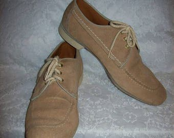 Vintage Mens Tan Suede Leather Right Handed Bowling Shoes Oxfords by Dexter Size 9 1/2 Only 20 USD