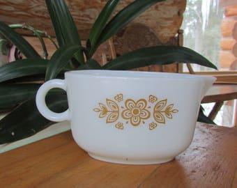Pyrex Butterfly Gold Gravy Boat