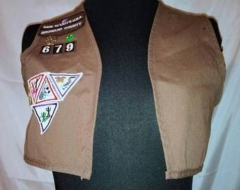 BIG SUMMER SALE Vintage Brownie Uniform Vest & Patches-Girl Scouts Official Collectible-Costume-Cosplay