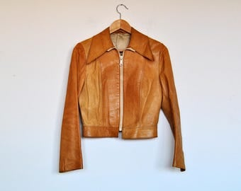 Vintage 70s Pointy Collar Butterscotch Leather Zip Up Cropped Jacket