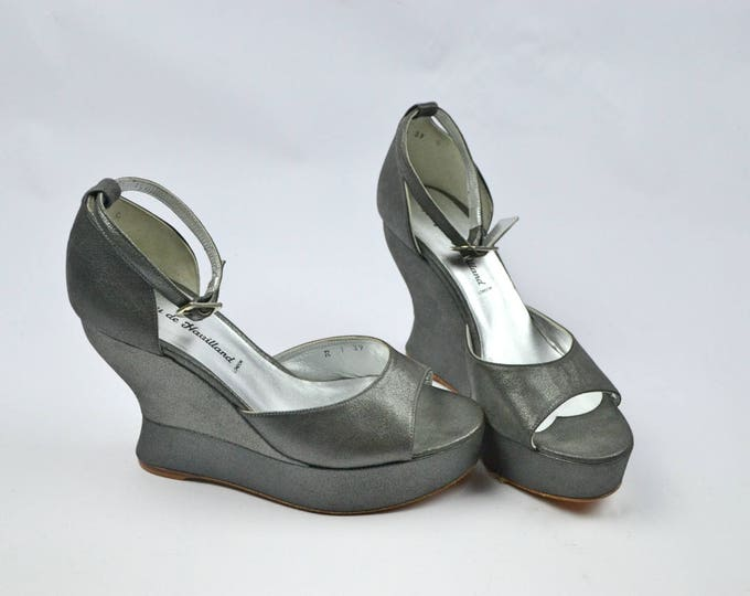 Nearly New Terry De Havilland Margaux Skyscraper Metallic Dark Silver Party Shoes uk 6 39