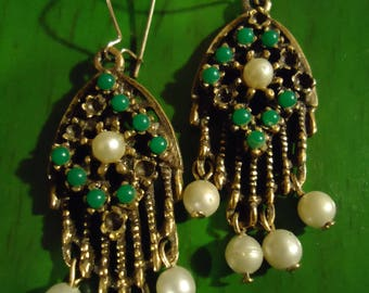 Vintage 1960s Boho Green and Pearl in Gold Drop Dangle Earrings