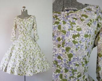 1950's Silk Hydrangea Print Fit and Flare Dress / Size Medium