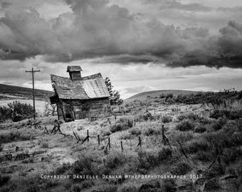 Oregon Photograph | Abandoned Oregon | Old Barn Photo | Eastern Oregon | Black and White | Boyd Oregon | Abandoned Building | Rustic Decor