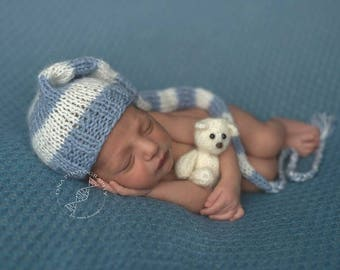 Newborn Elf Hat, Newborn photo prop, newborn hat, newborn boy, newborn girl, knit newborn hat, newborn prop, newborn prop, newborn props