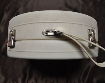General Electric Hair dryer - White Hard Case