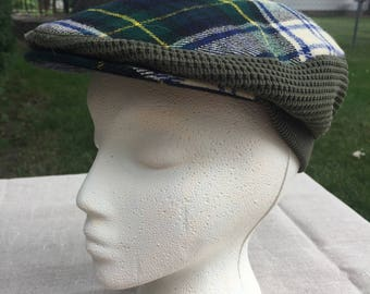 Glenway Cap - Newsboy Cap - Navy and Green Plaid - Pompom - Made in Scotland