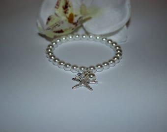 Pearl Wedding Bracelet Bridal Jewelry Pearl Hand Jewelry Starfish Bracelets Wedding Accessories Bridal Accessories Bridal Shower Gift