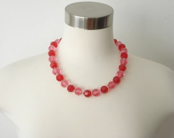 Chunky Red and Pink Bead Necklace - Vintage large beaded Statement fashion Jewelry- Hong Kong - 1960s