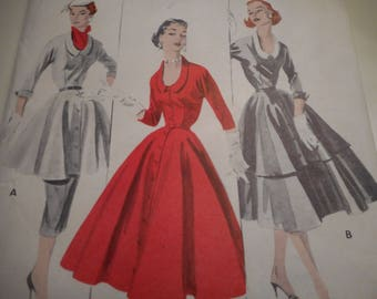 Vintage 1950's Butterick 7506 Tunic, Dress, Slim and Flared Skirt Sewing Pattern Size 16 Bust 34