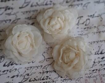 Bridal Hair Pins, Bridesmaid Flower for Hair, Bridesmaid Hair Pin, Ivory Flower Hair Clip, Ivory Bridesmaid Hair Accessory, Rose Bobby Pins