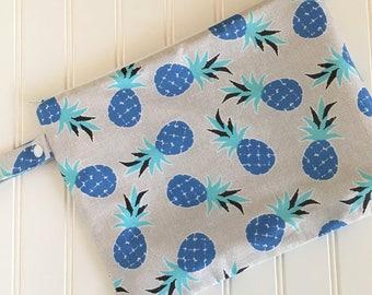 Pineapple Wet Bag -  Swim Bag - Lake Bag - Beach Bag - Waterproof Bag - Swimsuit Bag - Zip Pouch - Zippered Wet Bag - Bikini Wet Bag