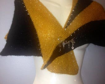 shawl scarf hand knitted black/gold brilanc