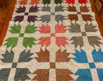 """Vintage Quilt Top Unfinished Calico Bear Paw Design 38"""" x 50.5"""" Green Blue Red Prints, Retro Bed Linens Damage DIY Upcycle Crafts"""