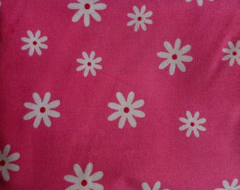 tissu pour la couture rose à petites fleurs blanches n°3