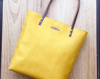 Yellow Leather tote,yellow leather bag,custom color inside,whit your name,custom color leather straps,handbag,Tote bag,minimalistic bag
