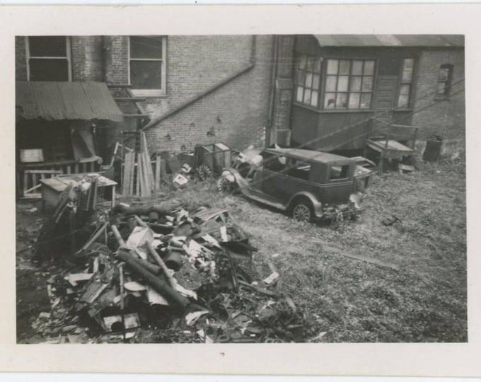 Backyard Trash, c1930s-40s Vintage Snapshot Photo (59408)