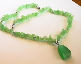 Vintage Lime Green Glass Necklace    Silver Spacers
