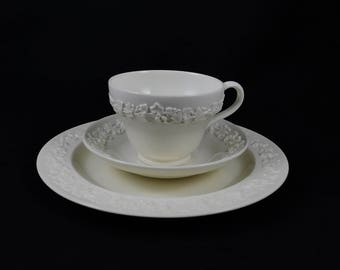 "Wedgwood Etruria & Barlaston 3 pc Queens Ware, Ivy Embossed, Cream on Cream, Cup Saucer 8"" Plate"