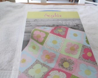 Paper Pattern for a quilt called Sophie by Cluck Cluck Sew in 5 sizes