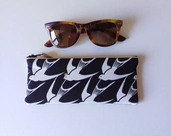 Quilted black swallows fabric glasses case