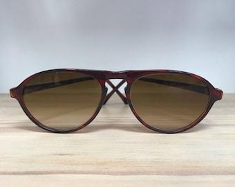 Tortoise vintage sunglasses keyhole bridge