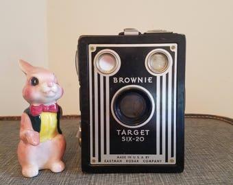 shutterbug - Kodak Brownie Target Six-20 box camera, art deco look, retro fun