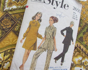 Vintage Size 38 Inch Pant Suit: 1971 Dress, Tunic and Trousers - Style Sewing Pattern No 2693