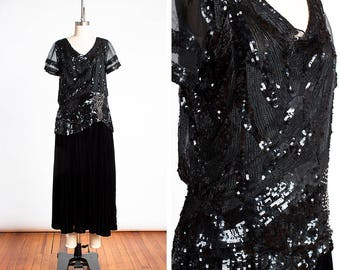 DAZZLING Late 1920s / Early 1930s ART DECO Beaded and Sequined Leaf Print Inky Black Velvet & Silk Chiffon Evening Gown // Old Hollywood