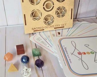 Sacred Geometry Kit 7 Chakra Healing Crystal Set, Platonic Solids, Mixed Stone Chakra Kit, Chakra Balancing Chakra Meditation Chakra Cards