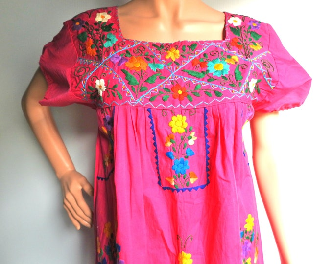 Authentic Mexican  clothes vintage Puebla long Mexican dress embroidery costume fiesta Mexicana theme embroidered  hand made  Frida Kahlo