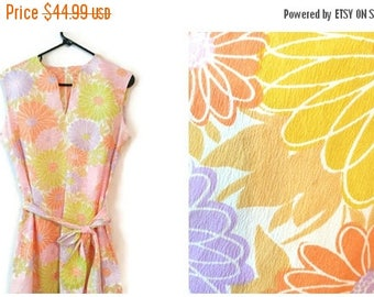ON SALE Vintage 1960s Sundress Floral Size Large Pat Perkins