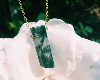 14k Gold Moss Agate Choker Necklace