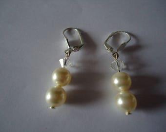 Dangling Earrings with swarovski pearls