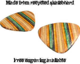 Skateboard Wood Guitar Pick Set, Recycled Skateboard Guitar pick, Wooden Guitar, Wooden Plectrum, Guitar Pick Gift Set, Guitarist Gift