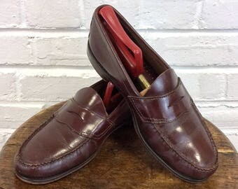 9 1/2 D Vintage GH Bass Weejuns Penny Loafers in Cordovan Color. Made In USA