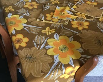 Vintage Vera Square Tablecloth and Napkin Set * Autumn Floral Colors * Fall Flowers