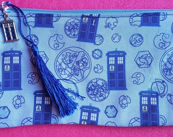 Doctor Who inspired Tardis and Gallifrey writing zipped pouch