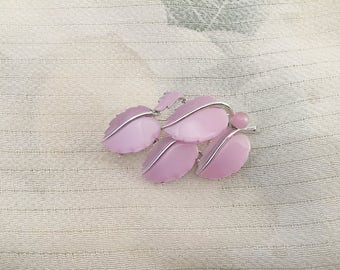 Lisner Pin, Lisner Brooch, Pink Mother of Pearl, Leaf Pin, Leaf Brooch, 1950s Classic Pin, Collectible Pin, Vintage Pin, Vintage brooch