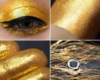 Eyeshadow: Commanding by Archdragon - Dragonblood. Bright gold eyeshadow by SIGIL inspired.