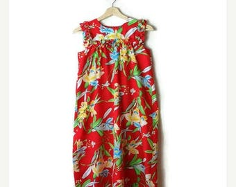 ON SALE Vintage Red x Hibiscus Hawaiian Sun Dress from 80's*