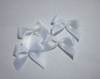 4 nodes in satin 20 to 21 mm approx - stitched fabric - (A285)