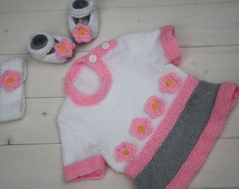 Hand knitted baby tunic sweater // hand knitted baby Mary janes // Hand knitted headband // Cute baby clothing set // Hand knits for baby