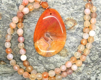 Orange and Peach Agate Gemstone Necklace - Beaded Necklace, Large Focal Bead, Orange Stone Necklace, Gemstone Necklace, Natural Stone