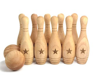 Personalized Wooden Toy Skittles - 10 Pin Bowling Game Set - Montessori Wood Toy - Eco-Friendly Gift for a Toddler or Preschooler